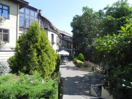 Perkuno Namai: Fasade