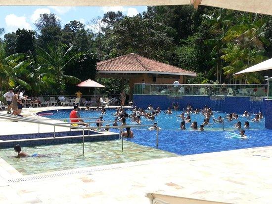 Amazonia Golf Resort: Programação do hotel na piscina