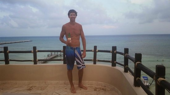 El Taj Oceanfront & Beachside Condos Hotel: 02