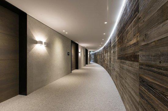 ElisabethHotel Mayrhofen: Moderne Architektur