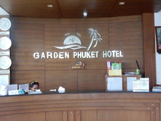 Garden Phuket Hotel: Lobby