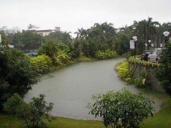 Le Meridien Kochi : Garden area