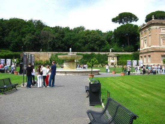 Vatikanische Museen (Musei Vaticani): bahçeler