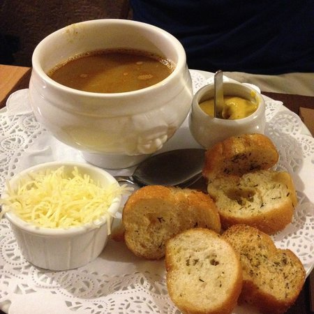 Aux Bons Amis: Zuppa di pesce (antipasto menu 22)