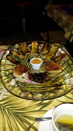 De Barcelona : Grilled assortment of vegetables.