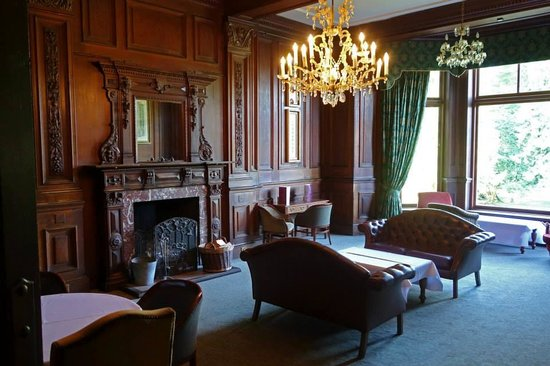 Mercure Shrewsbury Albrighton Hall Hotel and Spa: Lounge