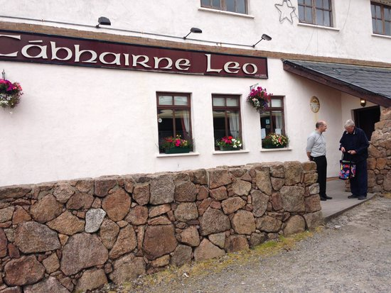 Leo's Tavern: The Brenan welcome