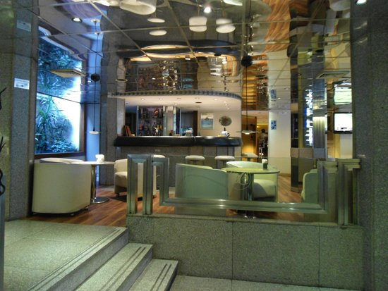 Hotel Lafayette: Recepção