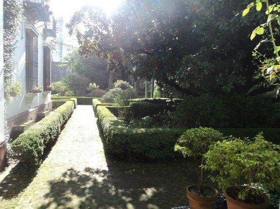 Invierno en el jard n andaluz museo larreta picture of - Jardin de invierno ...
