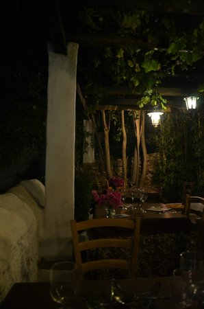La Fructuosa: A corner of the lovely patio area.
