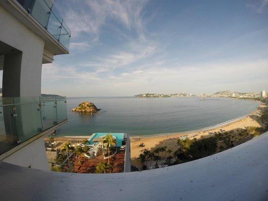 Emporio Acapulco Hotel: Ausblick vom Zimmer