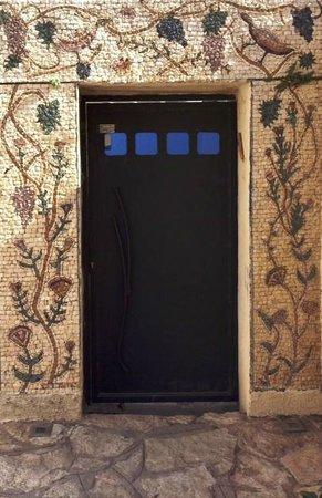 Artists' Colony Inn: Artist's Colony Inn Mosaic Door