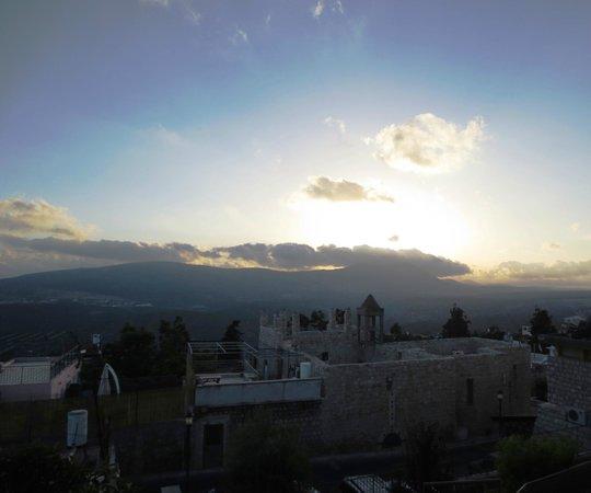 Artists' Colony Inn: Sunset Over Mt. Meron