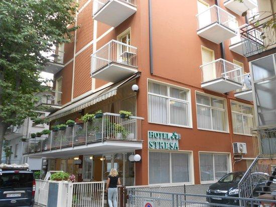 Hotel Stresa : esterno 2