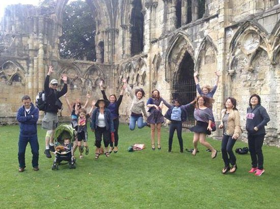 Footprints Tours York: Lots of Fun!!