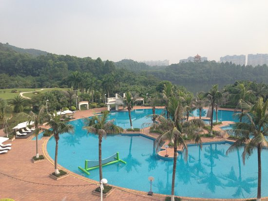 TANGLA Dongguan: Swimming pool