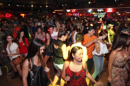 Round Up Country Western Night Club U0026 Restaurant: Dance Floor
