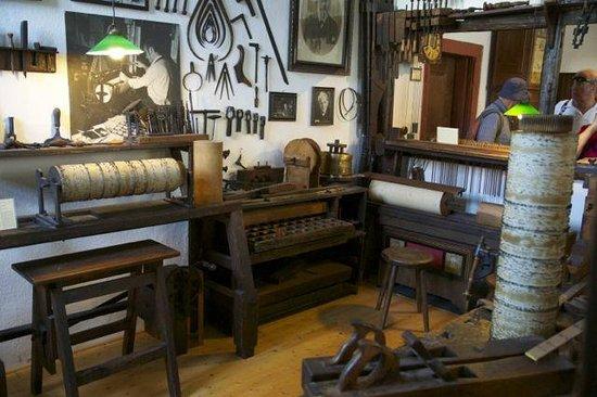 Siegfried's Mechanisches Musikkabinett: Mechanical Music Museum workshop, log rolls