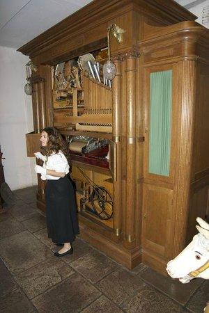 Siegfried's Mechanisches Musikkabinett: Mechanical Music Museum demonstration