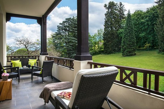 Hotel Ermitage - Evian Resort: Chambre Privilège Côté Sud - le balcon