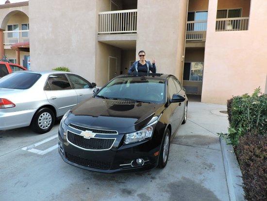 Howard Johnson Inn and Suites Pico Rivera: estacionamento gratuito