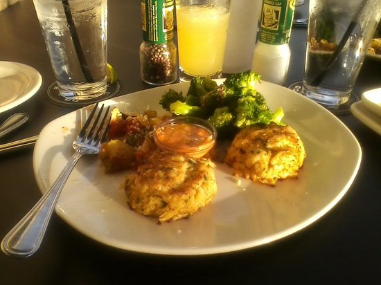Bonefish Grill - Denver West: The Crabcakes were GREAT!