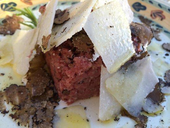 Osteria di Casa Chianti: Tartare with Truffel