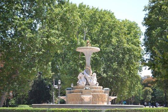 Parque del Retiro: une fontaine