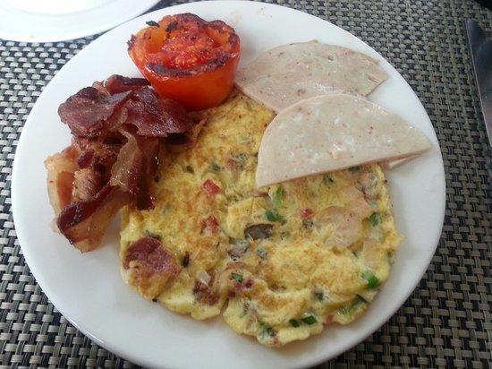 Courtyard by Marriott Mumbai International Airport: My American breakfast