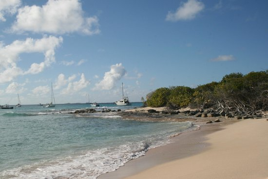 Icacos Island : With your feet on the sand