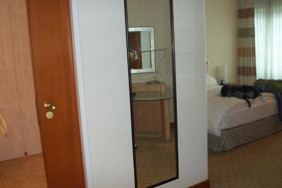 Hilton München City: habitacion