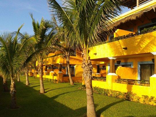 Iberostar Tucan Hotel : Vista de habitaciones que dan al mar