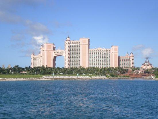The Beach at Atlantis : Royal Tower