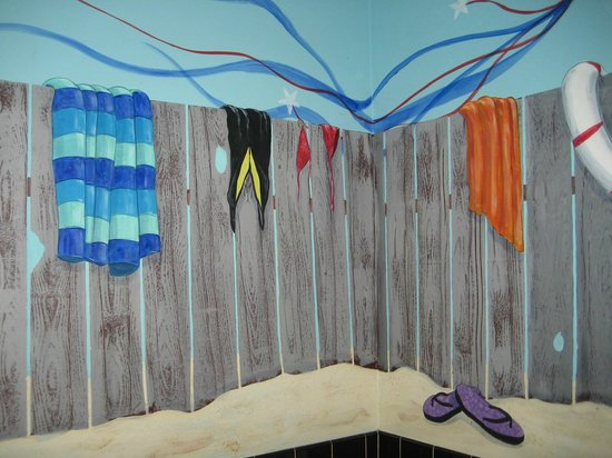 Beaches Restaurant & Bar : Mural in Women's Restroom