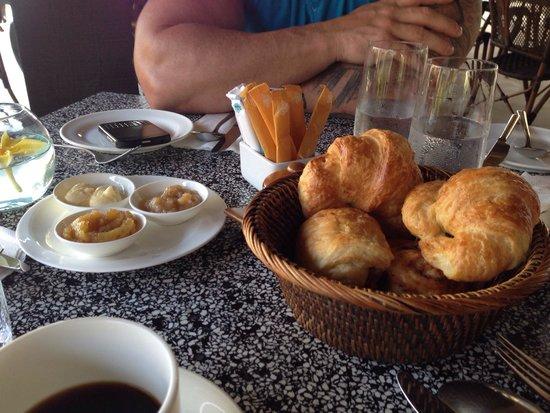 Sudamala Suites & Villas Senggigi: Yummy croissant