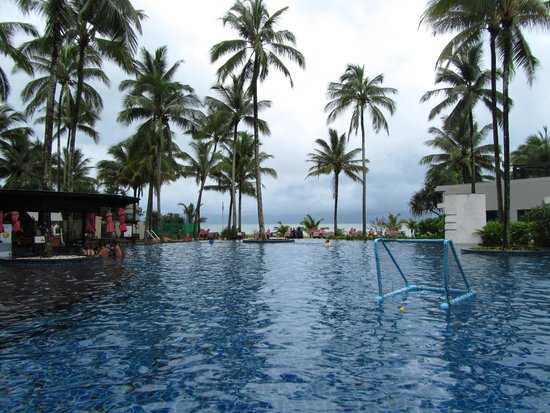 Ramada Khao Lak Resort: The Pool