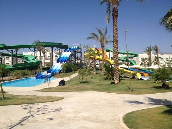 Le Royal Holiday Resort: slides