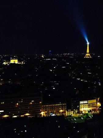 Hyatt Regency Paris Étoile : Aussicht vom Zimmer 2713