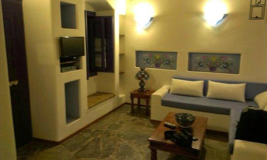 Nefeli Hotels: Καθιστικό