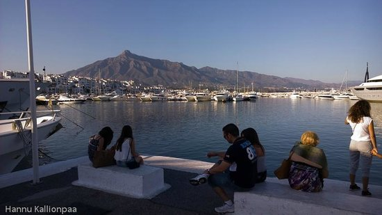 Puerto Banus Marina : Boats and a mountain in Puerto Banus