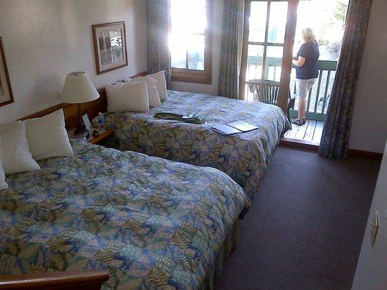 Canadian Princess Lodge: Main room