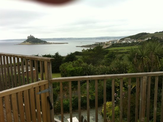 Mount Haven Hotel & Restaurant: View from the four poster room balcony
