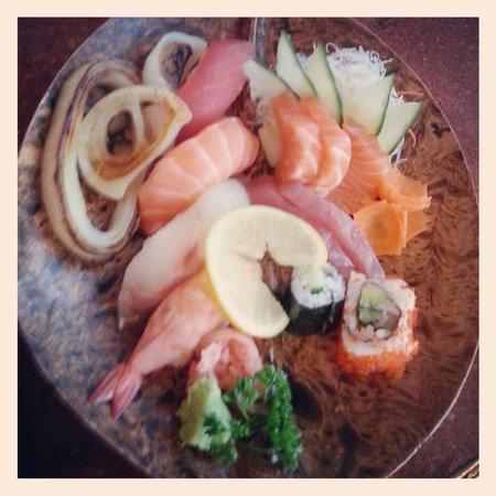 Siam Thai & Teppanyaki Restaurant : Sushi