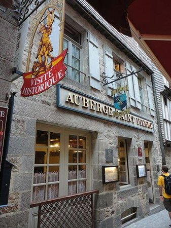 Auberge Saint Pierre: Frente del hotel