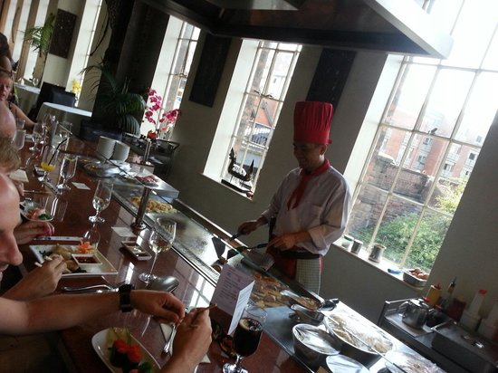 Siam Thai & Teppanyaki Restaurant : Chef