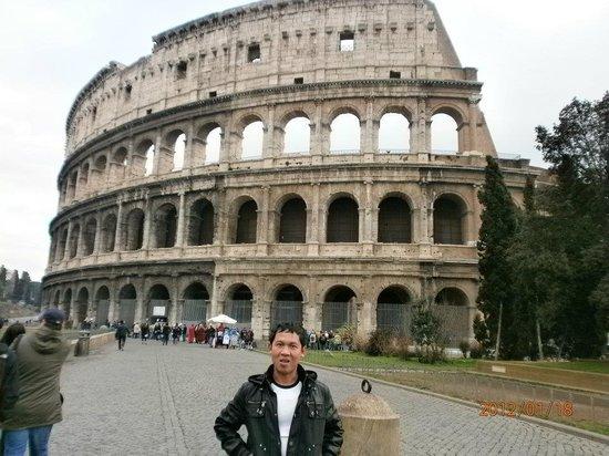 Colosseum: amazing construction