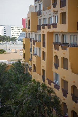 Fiesta Americana Condesa Cancun All Inclusive: Vista del hotel