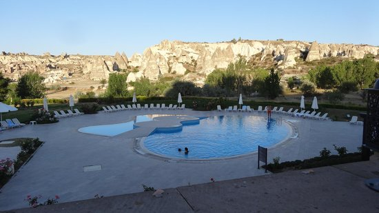 Tourist Hotel & Resort Cappadocia: Huge pool