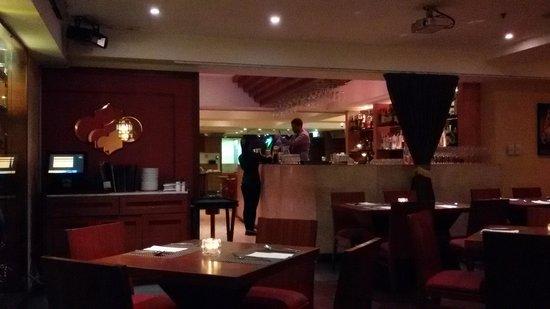 Spice Restaurant & Bar: restaurant