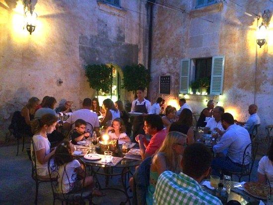 Restaurante cerca de cabo salinas bild von cassai ses - Cassai ses salines ...